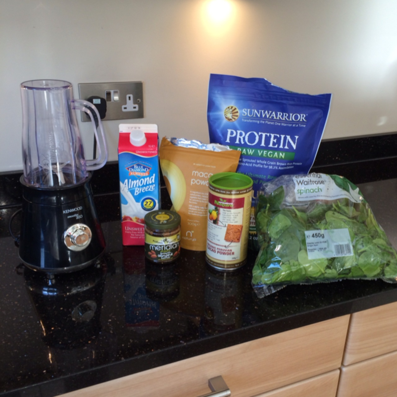 smoothie prep maca spinach and protein